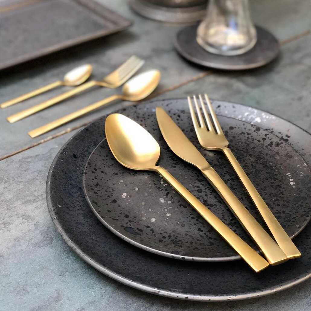 Aslan Venedik Titanyum 36 Parça Çatal Kaşık Bıçak Takımı Gold